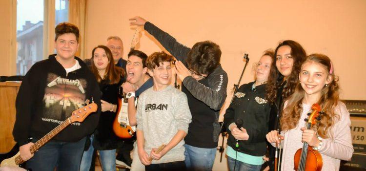 Хаштаг – новата ученическа рок група на Велико Търново